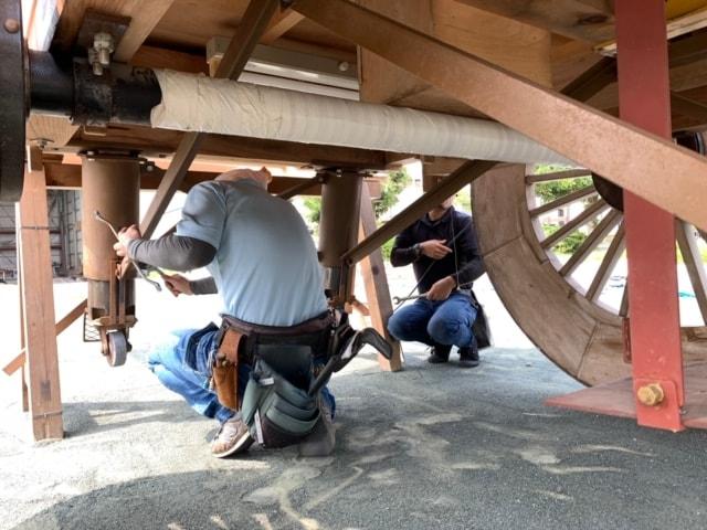 屋台の点検・修理・メンテナンスを行っています。その時に応じて交換や修復も行っています。