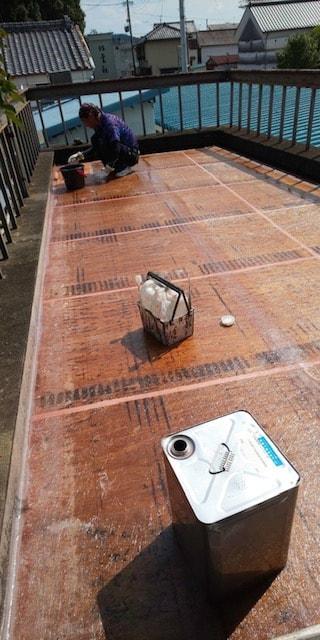 FRP防水工事をしました。FRP防水の特徴は、軽くて非常に丈夫!防水性がかなり高い!塗膜の乾燥が早い!継ぎ目のないシームレスな構造となり、出来上がりがキレイです❕